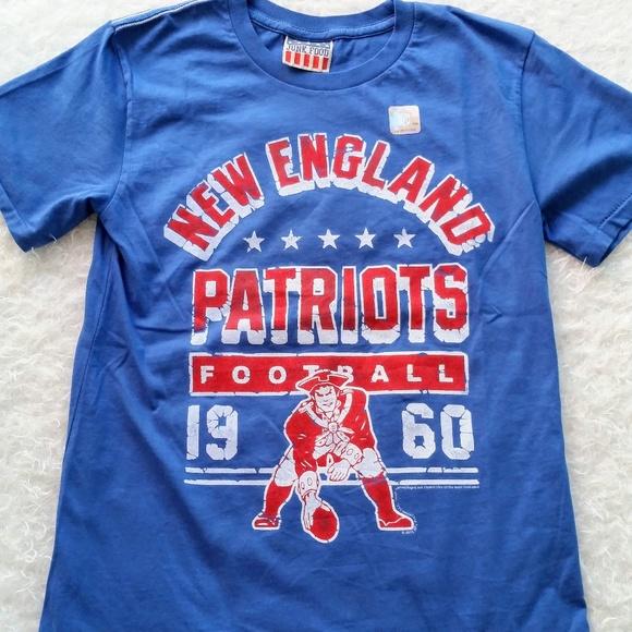 50055cdf Kids New England Patriots Football Graphic Tee 6/7 NWT